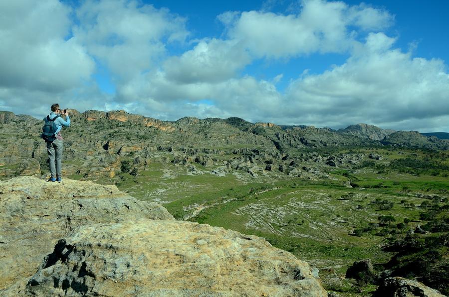 Горы Ни сало ни мясо — национальный парк Изало на Мадагаскаре Ни сало ни мясо — национальный парк Изало на Мадагаскаре DSC 5641